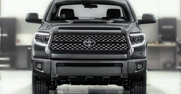 a 2018 toyota tundra front grill