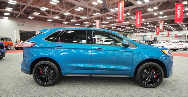 blue 2019 ford edge